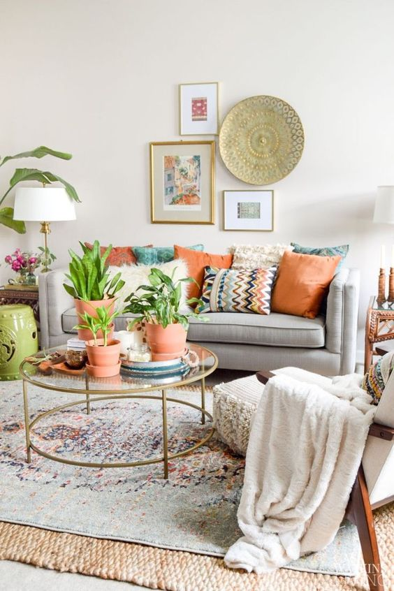 3 TIPS FOR STYLING BOHO PILLOWS
