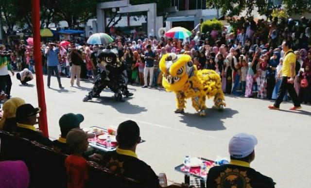 Ada Penampilan Barongsai di Karnaval Parade Budaya HUT Bireuen