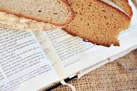 pane parola bibbia gesù vangelo commento compassione moltiplicazione