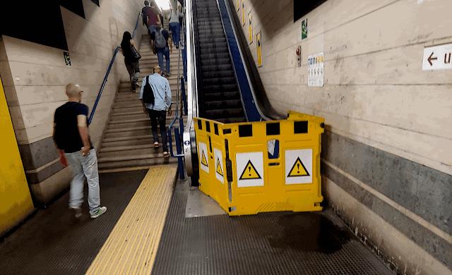 Scale mobili della metro: gestione approssimativa e superficiale di Atac