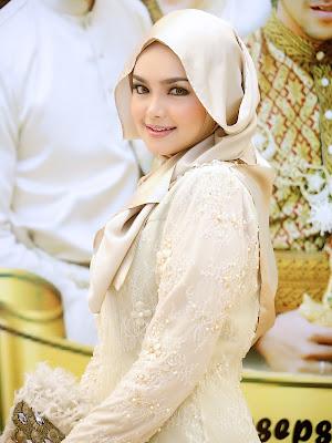Download Lagu Siti Nurhaliza Mp3