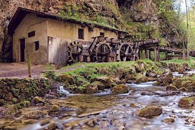 Vacanze in Trentino - Laghi da vedere - Lago Smeraldo di Fondo
