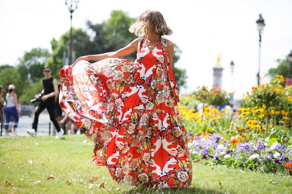 moda-stil-stajling-haljine-trendovi-street_style-modna_kombinacija-proljeće-ljeto-lyst-lepršave-haljine