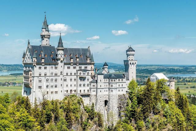 Castelos ao Redor do Mundo