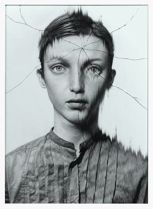 13-The-Cracked-Portrait-Pencil-Drawing-and-Glass-www-designstack-co