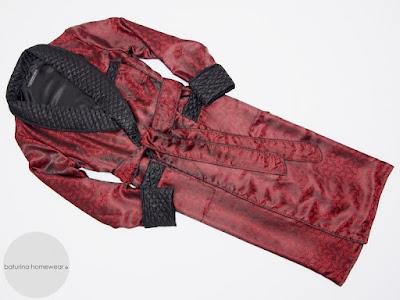 herren luxus hausmantel paisley seide elegant edel exklusiver englischer morgenmantel rot schwarz lang gefüttert gesteppt morgenrock exquisit