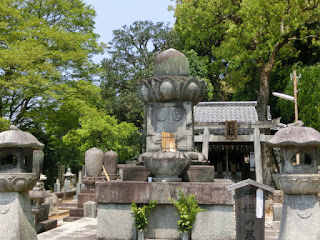 知恩院千姫の墓