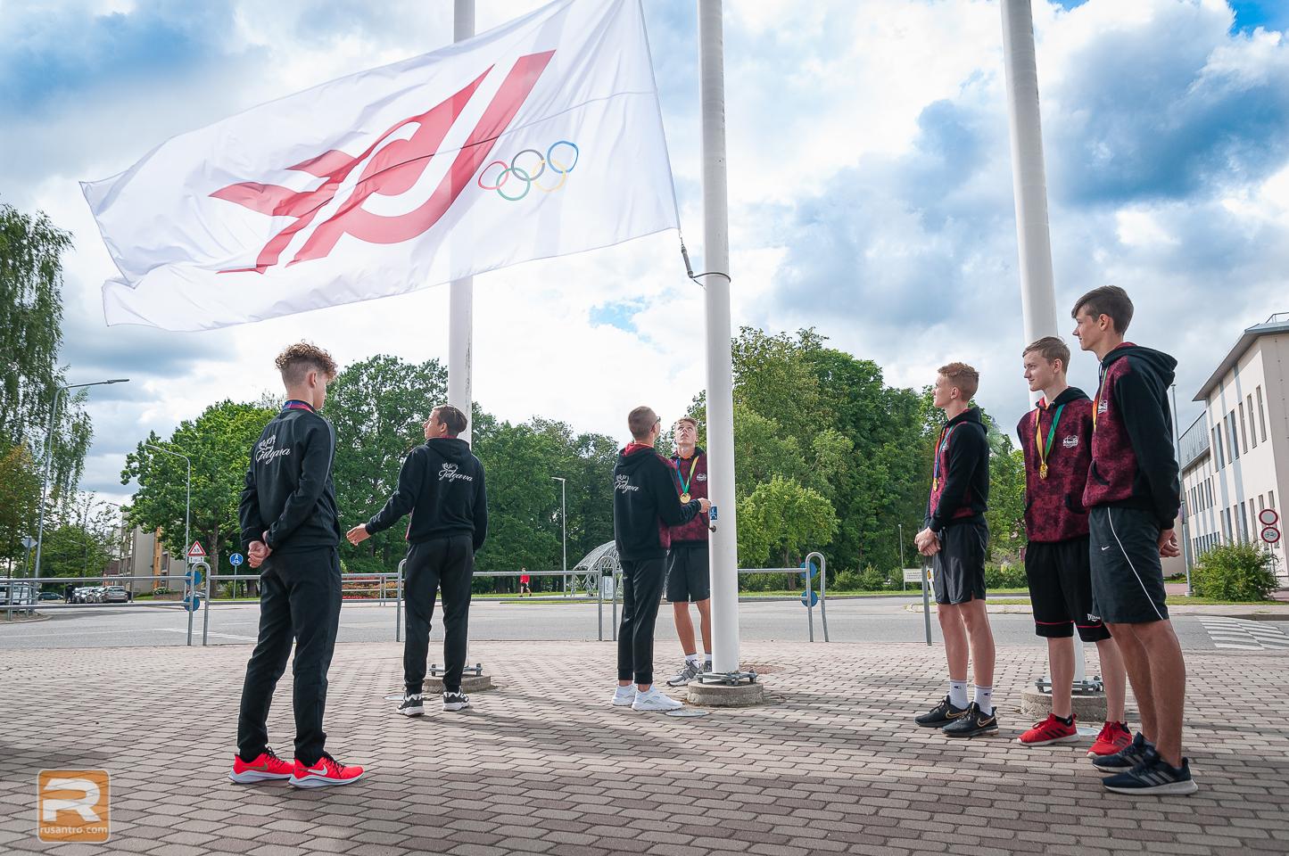 VIII Latvijas Jaunatnes Olimpiādes karoga nolaišana