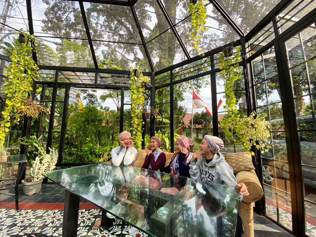 Madam Wang Secret Garden Cafe Populer Malang