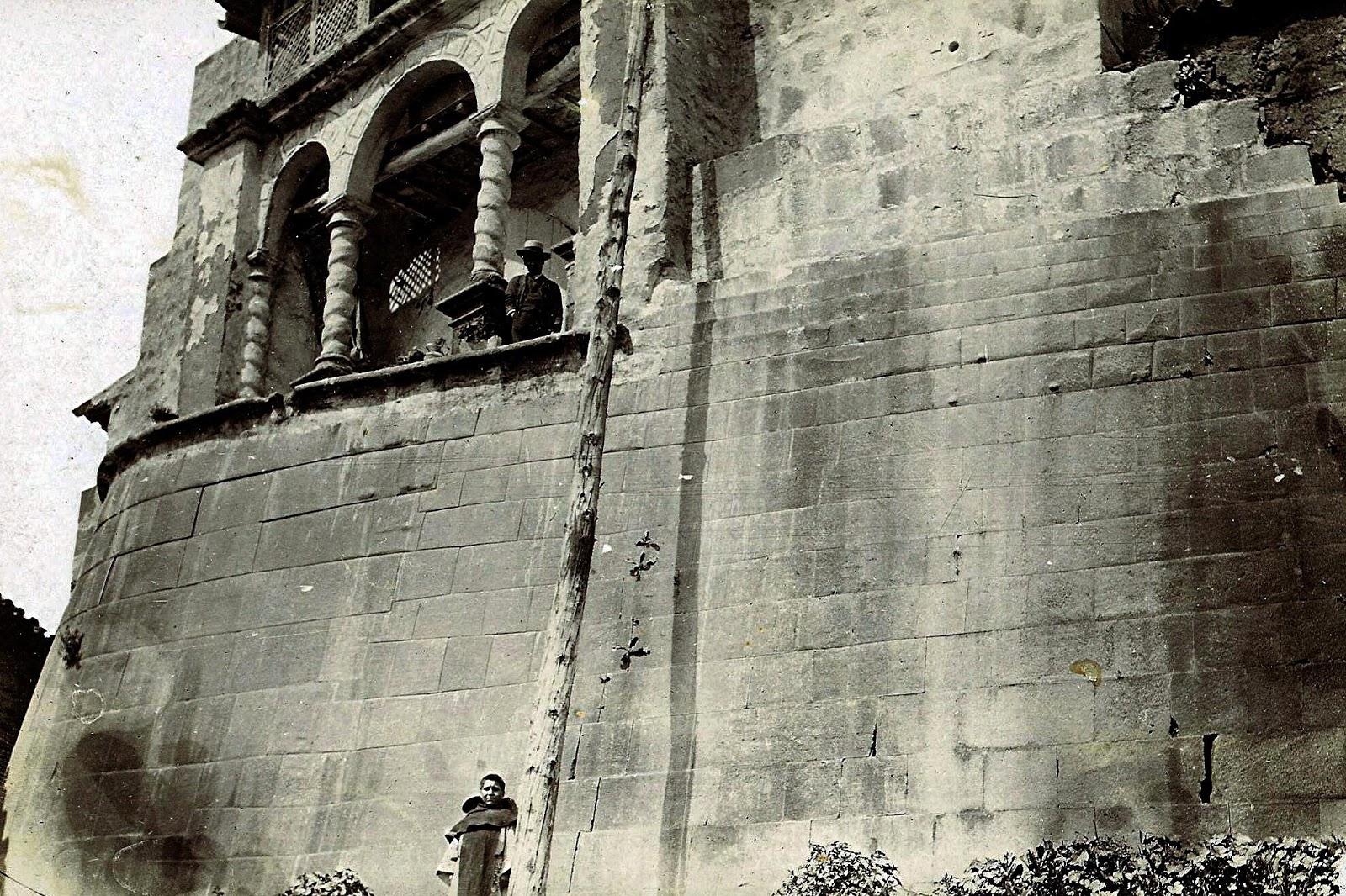 Foto antigua del Muro de Qoricancha