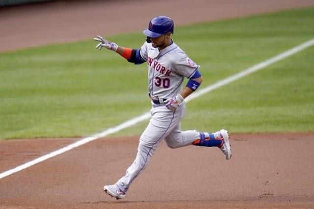 Michael Conforto batea de 5-4, remolca cinco en la victoria de los Mets