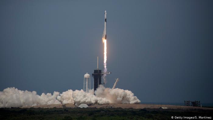 Keberhasilan SpaceX ke ISS Kurangi Pendapatan Rusia