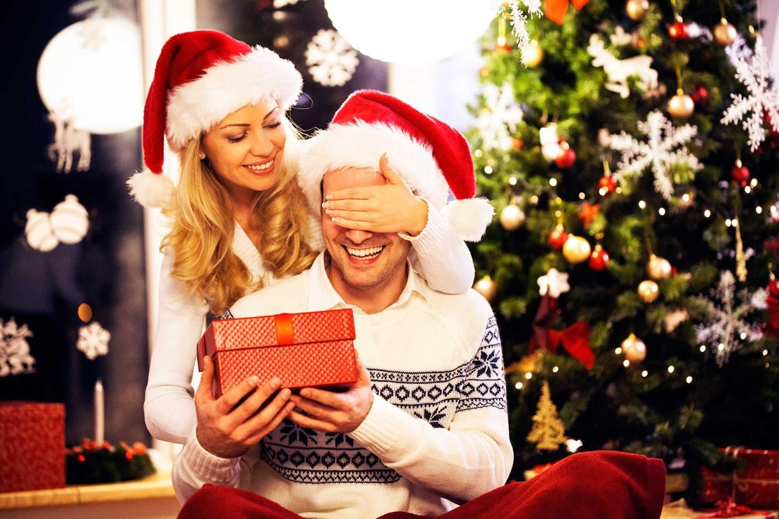 Regali Di Natale Per Donne.Regali Di Natale Per Lui Quest Anno Sorprendilo Con Un Regalo Beauty Glam Style