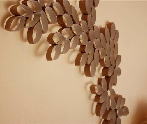 Reciclar tubos de papel film en figuras decorativas