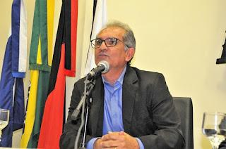 Juiz Eleitoral julga improcedente (AIJE) e arquiva processo contra prefeito e vice de Araruna/PB.