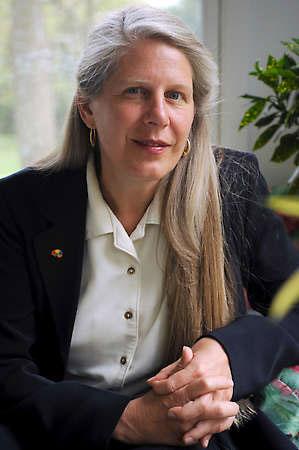"""美國腦科學家Jill Bolte Taylor: 吉兒泰勒親歷見證佛陀、耶穌""""開悟""""的秘密!"""