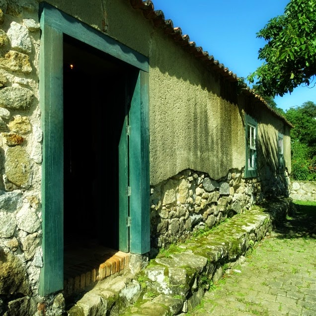 O antigo Quartel da Tropa da Fortaleza da Ponta Grossa, Florianópolis
