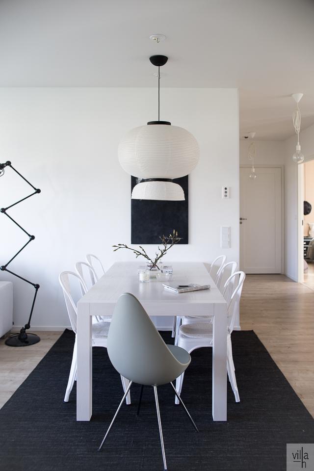 ruokapöytä, ruokailutila, sisustus, formakami valaisin, tolix tuoli