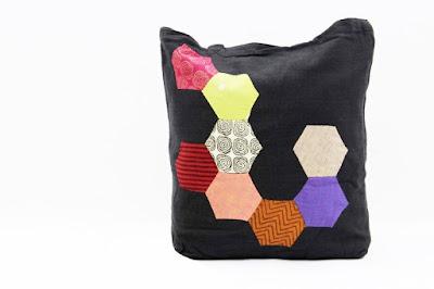 Honeycomb Pattern Shoulder Bag
