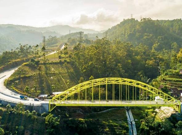 Jembatan Koneng Kamojang Hill Bridge