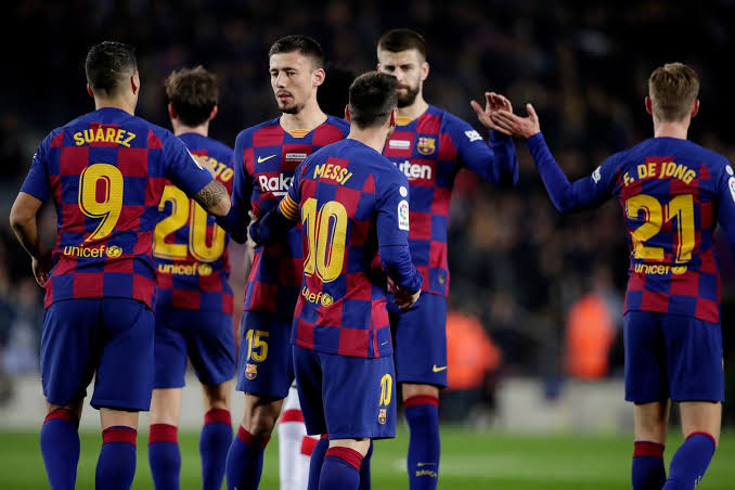 Barca reveal squad for Champions League against Bayern