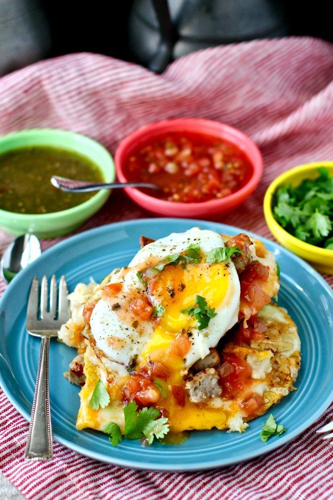 Breakfast nachos with salsa