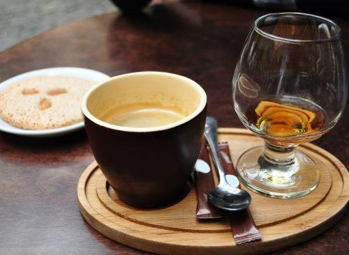 Kafein ve Alkol Neden Tuvaletinizi Getirir?