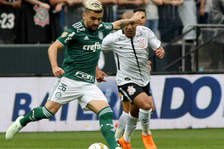 20e2458b372 Corinthians e Palmeiras não decidiam um campeonato há 19 anos