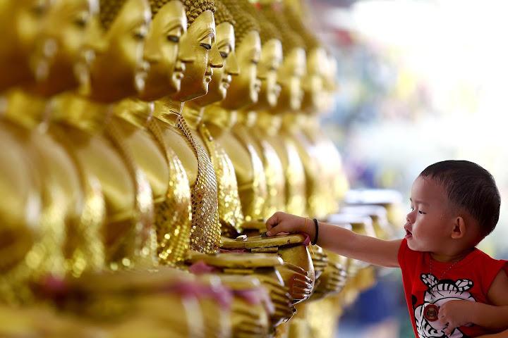 Тхам бун: заслуги для реинкарнации — Thai Notes