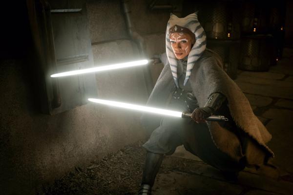 Ahsoka Tano (Rosario Dawson) in THE MANDALORIAN - Chapter 13: The Jedi.