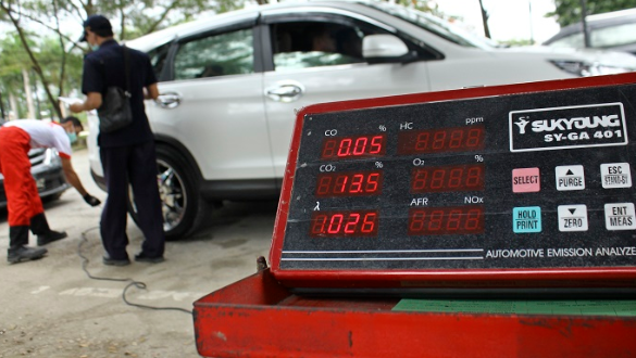 Kebiasaan Yang Menyebabkan Emisi Kendaraan Jadi Buruk