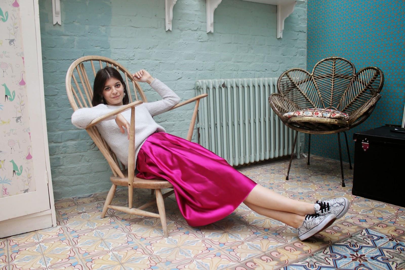 fashion blogger, love improchori, magenta, skirt, full skirt