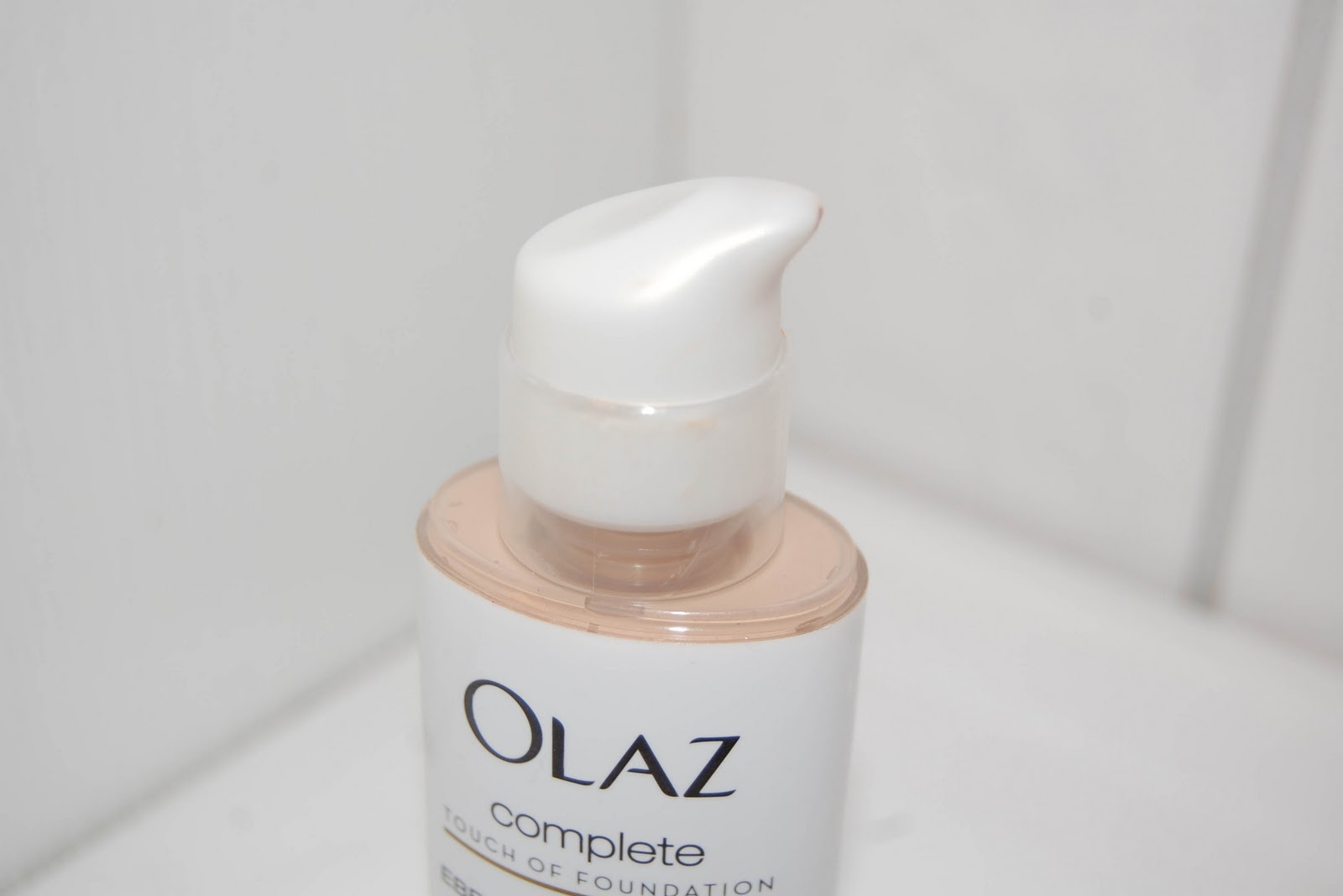 M Is For Michèle Review Oil Of Olaz Complete Touch Of