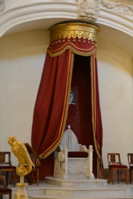 Notre Dame des domes avignon pope