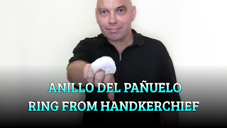 Anillo del pañuelo, CHAPEAUGRAPHY, Ring from handkerchief