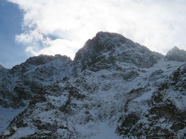 Mięguszowiecki Szczyt Wielki (słow. Veľký Mengusovský štít, niem. Große Mengsdorfer Spitze, węg. Nagy-Menguszfalvi-csúcs, 2438 m n.p.m.)