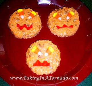 Rice Krispie Jack-O-Lanterns  | www.BakingInATornado.com