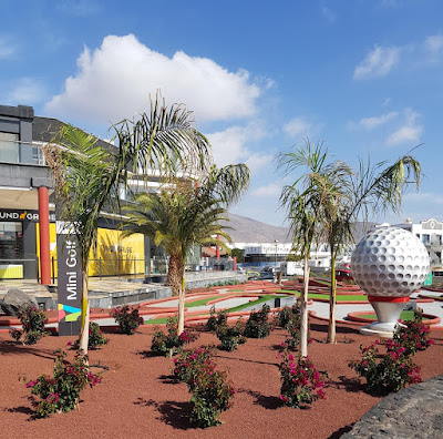 Mini Golf in Playa Blanca, Lanzarote by Richard Rochester