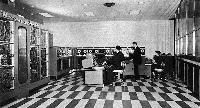 Rangkuman materi evolusi dan kinerja komputer