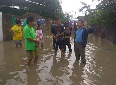 Yuhadi Tinjau Banjir di Perumahan Kelurahan Pematang Wangi