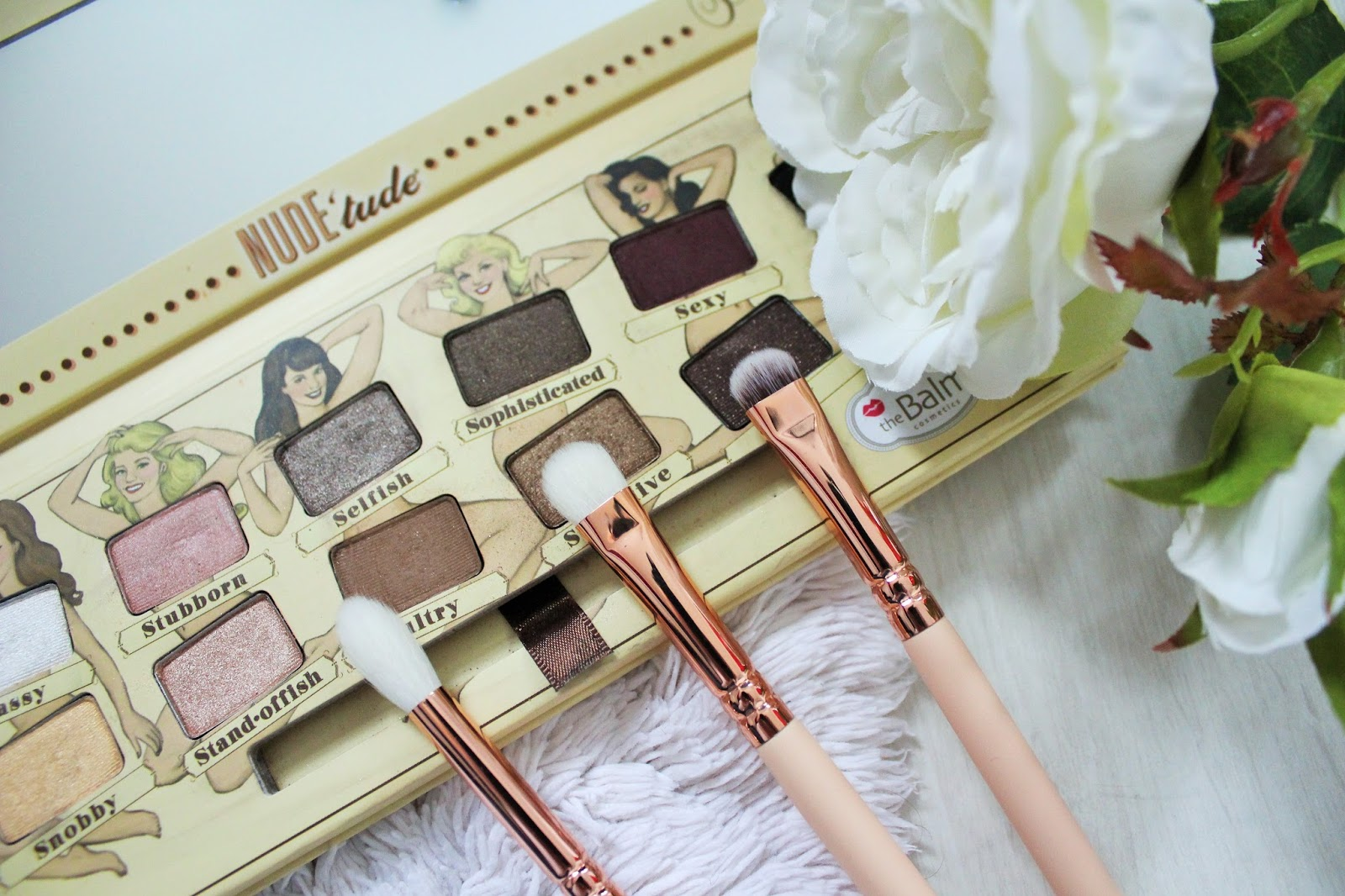 Zoeva Rose Golden Luxury Set Vol. 2 Review - 6