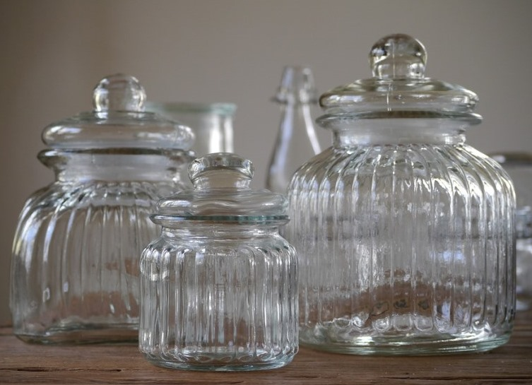 ornate-glass-jars for DIY bath salts