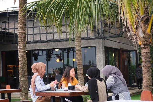 Jinjit Cafe Kopi Medan