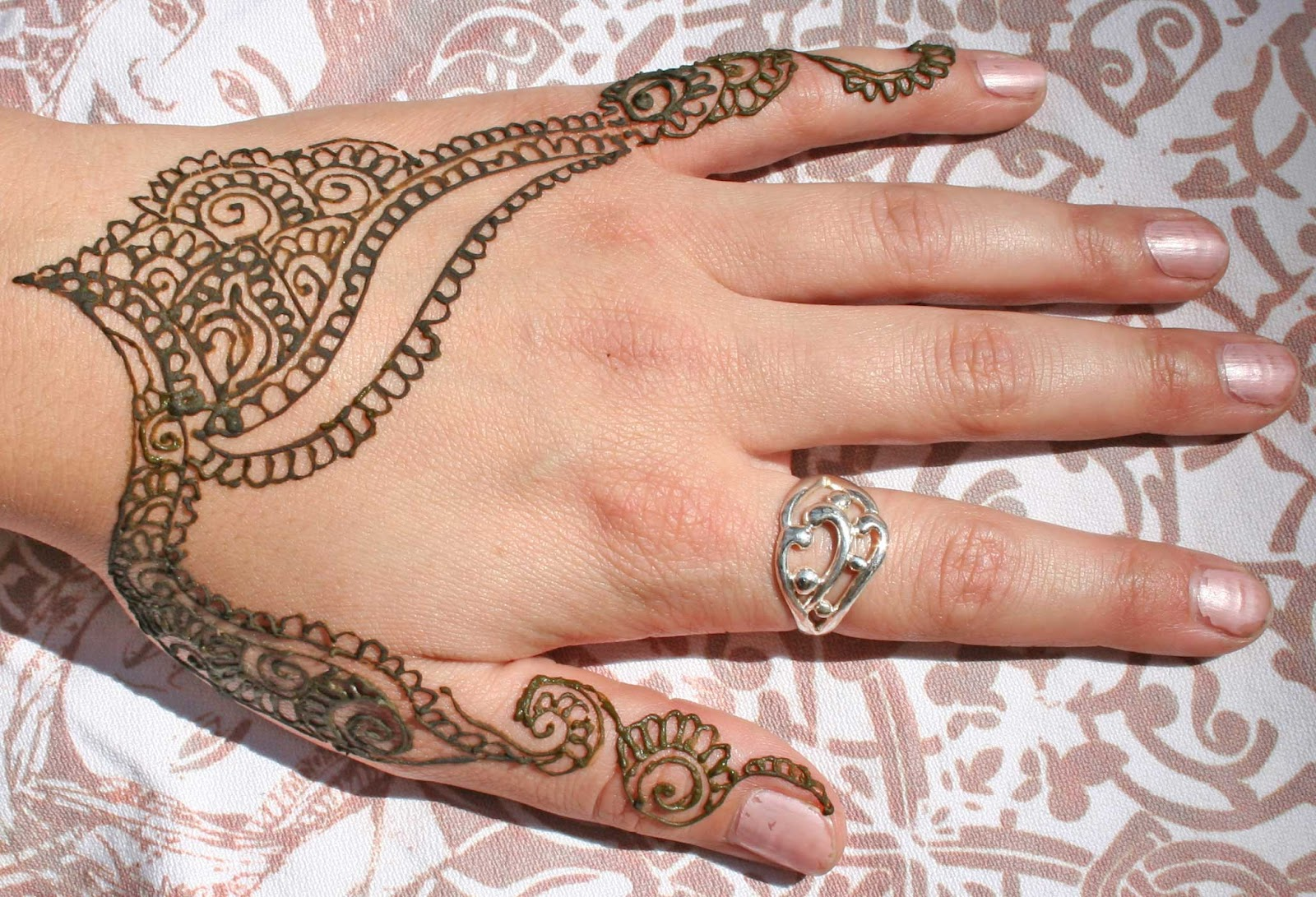 Henna Mehndi Tattoo Designs Idea For Wrist: Mehndi Designs 2012: Henna Tattoos