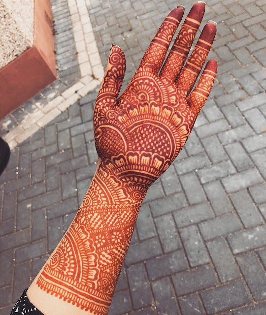 90+ Gorgeous Indian mehndi designs for hands this wedding