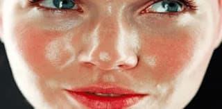 أفضل الخلطات الطبيعية لتنبيض ونضارة الوجه الدهني