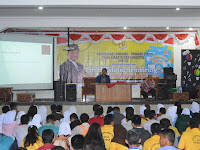 Berkunjung Ke SMK Telkom Medan, Tifatul Sembiring Sosialisasikan UU ITE