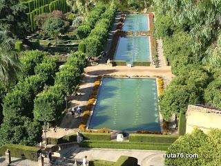 jardines el alcazar real de los reyes cristianos cordoba andalucia