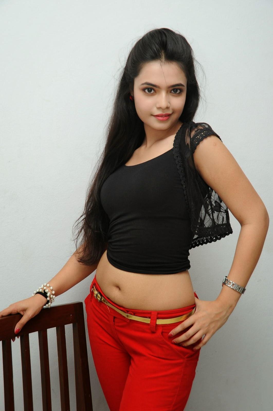 Young Actress Merina Photos at Veerudokkade audio-HQ-Photo-61