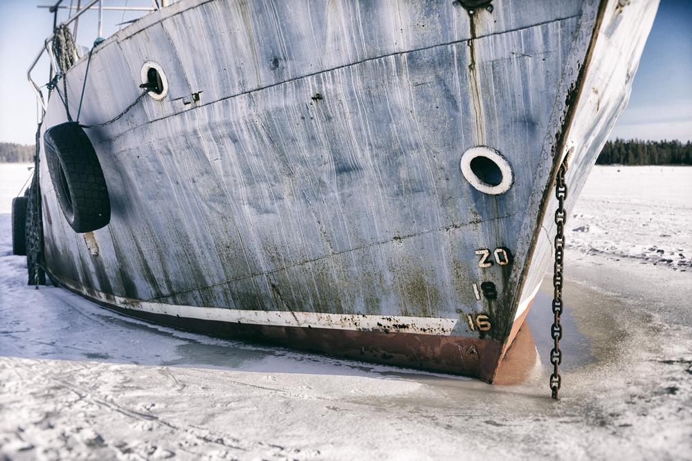 talvi, valokuvaus, ranta, lumi, jää, beach, winter, valokuvaus, valokuvaaminen, Porvoo, Emäsalo, Suomi, Finland, nature, Visualaddict, valokuvaaja, Frida Steiner, laiva, ship